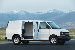 2013-Chevrolet-Express-007-medium_GM