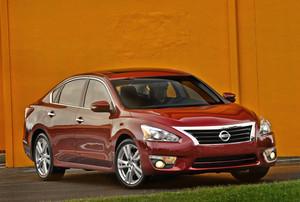Nissan2013Altima_18