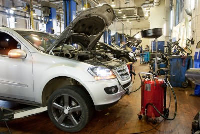 repair shop, body shop, car work