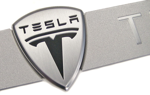 tesla-motors-nameplate-detail