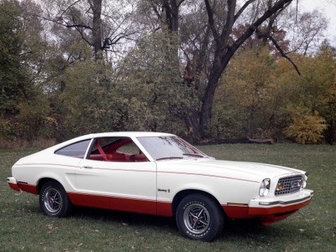 1976-ford-mustang-ii-22